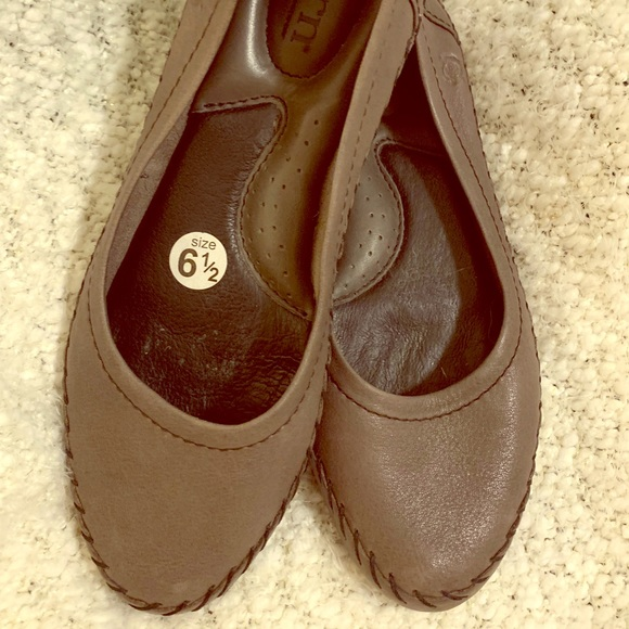 Born Shoes - Born green leather ballet flats, 6.5, like new